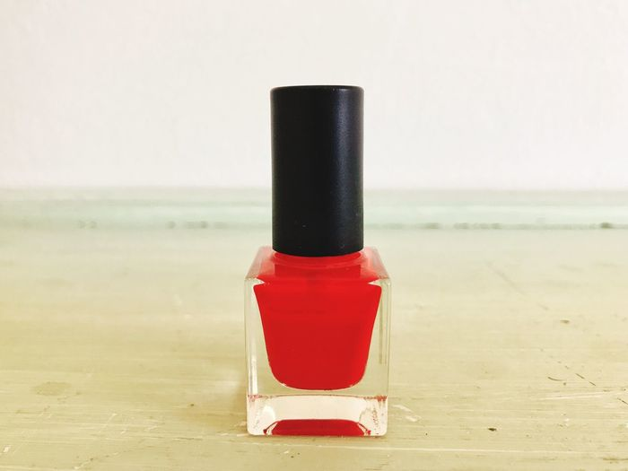 Minimalism Nailpolish Cosmetics Nail Polish Horizon No People Red Focus On Foreground