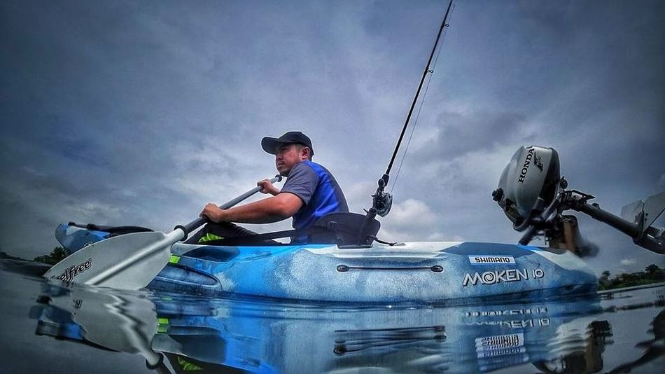 Kayak Fishermen Sport One Man Only Cloud - Sky Sportsman Adventure Extreme Sports Side View Water Lost In The Landscape Horizon Over Water Photography Kayaking Kayakingadventures Kayak Fishing Feelfree Perspectives On Nature EyeEmNewHere Second Acts