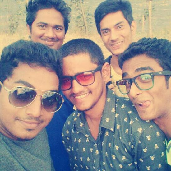 Happy :) Best Friends Hanging Out Groufie Hello World