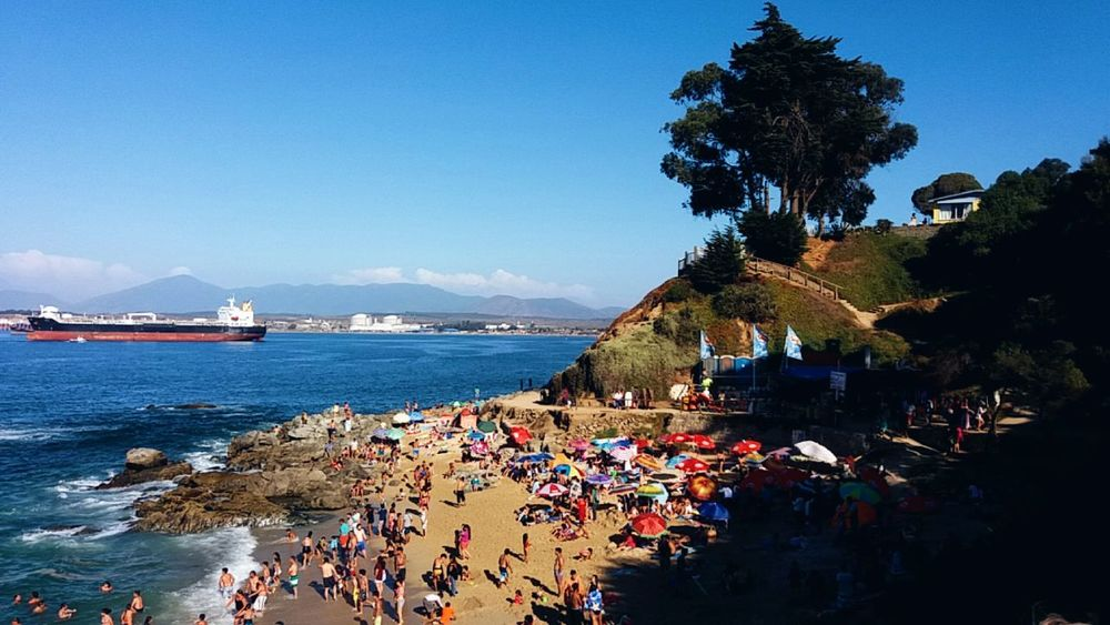 🌊🌍 Sea Blue Water Tree Travel Destinations Nature Large Group Of People Beach Astrology Sign Nautical Vessel Outdoors Beauty In Nature Sky Day People Coastal Town Relaxation Summertime Coastal Life Quintero Southern Hemisphere South America Coast Crowded Chile