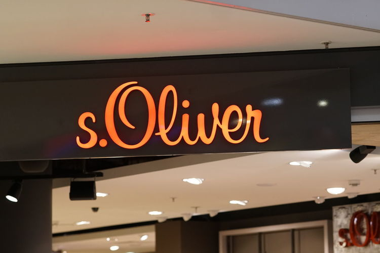 S. Oliver clothing shop No People Store Business Text Western Script Sign Information Sign Shop S.Oliver Shopping Shopping Mall Shopping ♡ Shopping Time Brand Logo Clothing Store Clothing Shop Clothes Shop Clothes Store