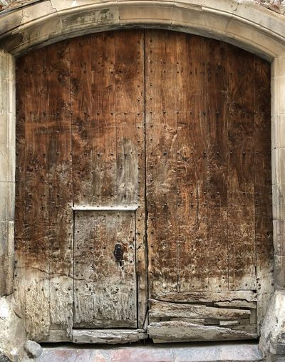Door Closed Wood - Material No People Architecture Built Structure Lock Day Hinge Barrel Outdoors Close-up