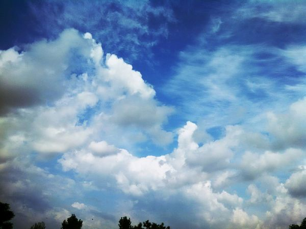 Clouds And Sky Rawalpindi My Smartphone Life Ramazan Bazaar Gulzar_e_Quied .jM UDaAs First Eyeem Photo Open Edit