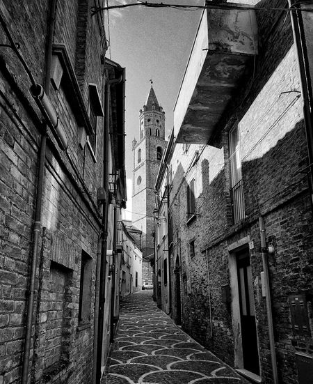 walking through the past Italy Abruzzo Hystorical Centre Historical Monuments Hystorical Buildings monochrome photography Monochrome Architecture Built Structure Building Exterior Building Historic Exterior LINE