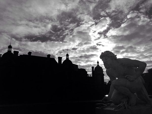 Chateau de Chantilly Bw_collection Monochrome Blackandwhite Dark Photography