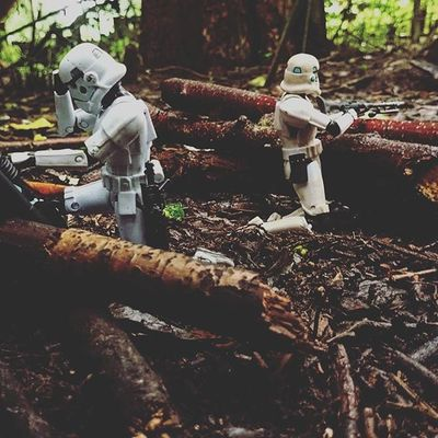 Behind the lines. Toyptoyphotography Starwarselite Toyslagram_Starwars Normanthetrooper Captainryan Stormtrooper Afosw Toyunion Zifu_toys @zifu_toys Tgif_toys @tgif_toys Toysaremydrug Toysalive Toyalliance Justanothertoygroup