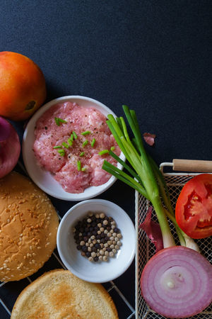 Bowl Bread Bun Close-up Day Food Food And Drink Freshness Healthy Eating Indoors  Ingredient Minced Meat Multi Colored No People Pepper Preparation  Raw Food Red Onion Seasoning Spring Onion Toasted Bread Tomato Vegetable