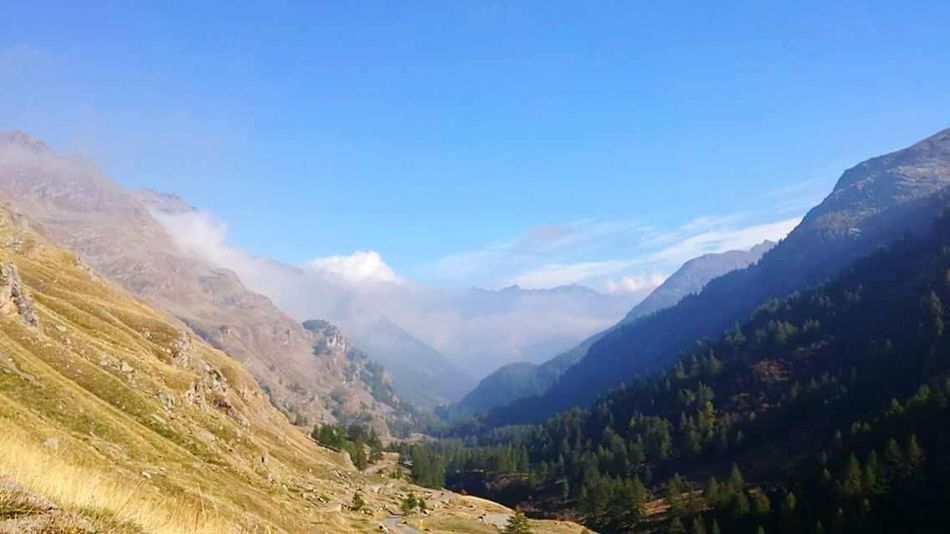 Mountain Landscape Nature Sky Beauty In Nature Scenics No People Day Mountains And Valleys Mountains Gran Paradiso Gran Paradiso National Park Green