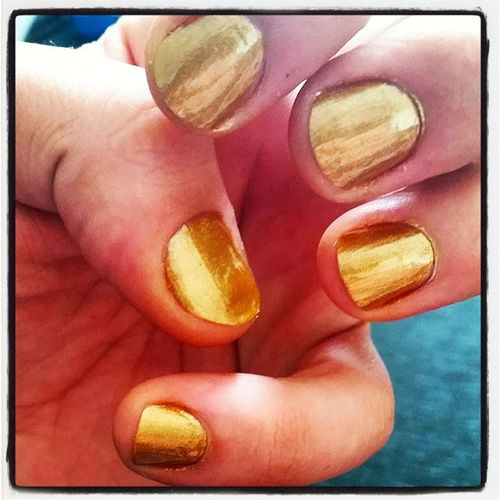 Got mah Nailsdid Solidgold Gold Nailsdidathome blingdynasty shineshineshine yourgolden midastouch