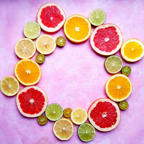 Citrus Family Citrus Fruit Fruit SLICE Variation Lemon Grapefruit Healthy Eating High Angle View Halved Food Lime No People Choice Freshness