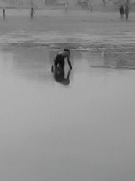 Reflexo  Water Reflection B&w Beach