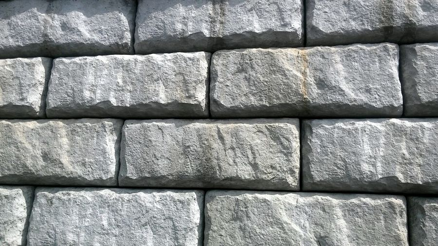 Brick Wall Brick Bricks Concrete Cast Concrete Retaining Wall Wall Squares Rectangles Pattern Patterns & Textures Wallpaper Screensaver Blocks Block Shapes Shapes And Forms Shapes And Patterns  Lines And Shapes Lines