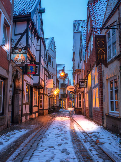 Architecture Beautiful Bremen City Europe Europe Trip EyeEm EyeEm Best Shots EyeEm Gallery Germany Germany Photos Official EyeEm © Germany🇩🇪 Illuminated Lights In The Dark Medieval Night No People Old Times Old Town Outdoors Schnoor Snow Street Light Tourism Windows