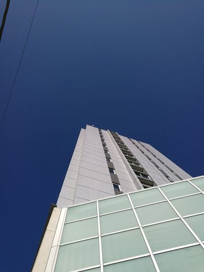 Clear Sky Built Structure Low Angle View Sky HuaweiP9 Huawei P9 Leica
