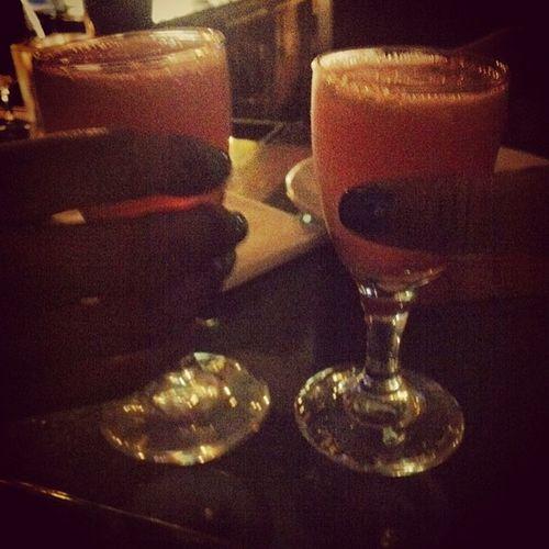 Cheers w/ @luw_araya