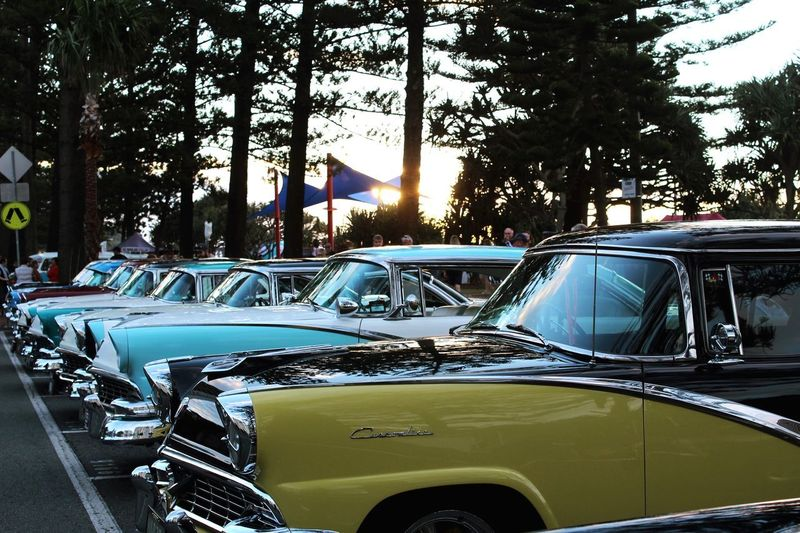 Cooly Rocks On 🤘🏼 Car CarShow Cars Beach Blue Coolyrockson Tree Land Vehicle Car Mode Of Transportation Transportation Motor Vehicle Plant Day Nature Retro Styled Car Roof Vintage Car Outdoors