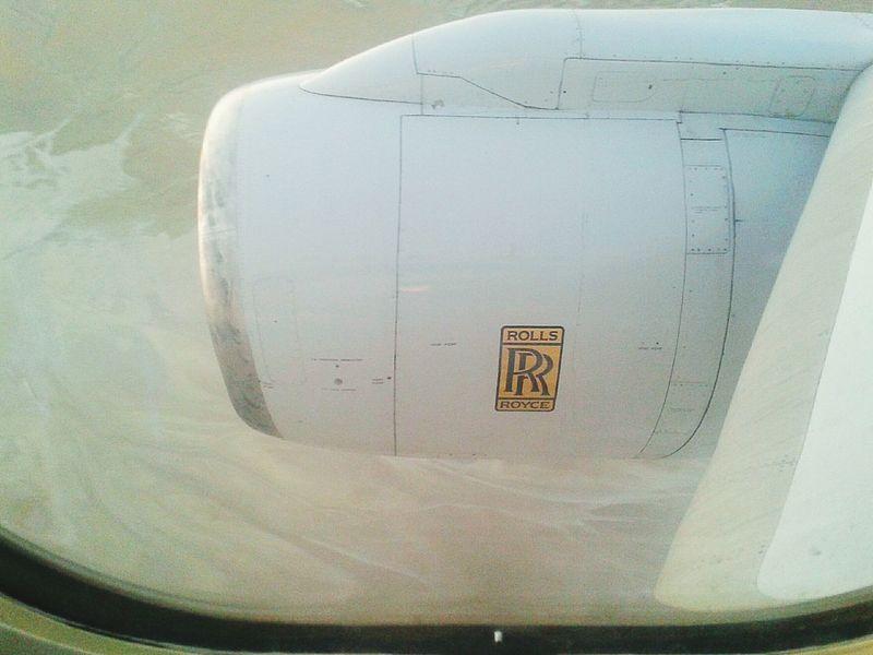 Plane Wing Rolsroyce