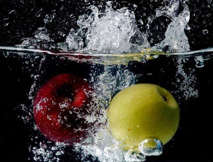 Fruits Apples Studio Shot StillLifePhotography Still Life Fruit Fruits ♡ Food Photography High Speed Speed Photography