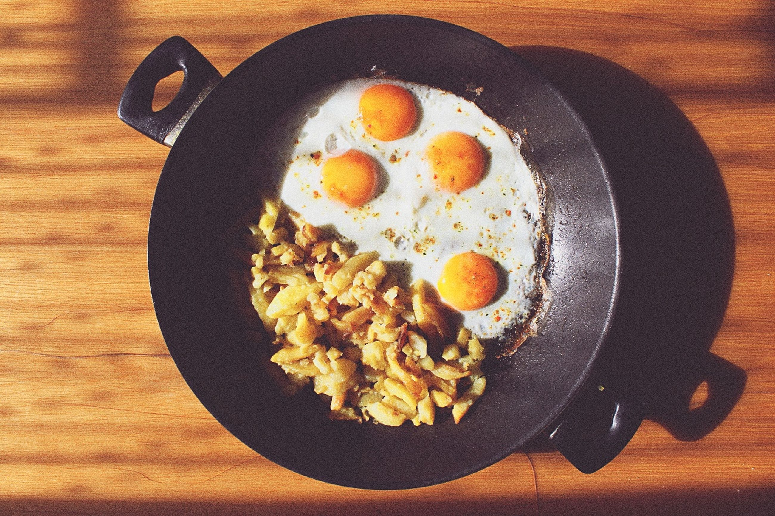 egg, breakfast, egg yolk, fried egg, indoors, healthy eating, freshness, egg white, food, ready-to-eat, sunny side up, no people, table, day