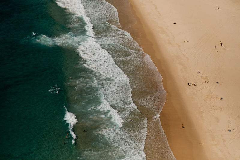Aerial view on sydney beach. ocean, waves. vacation.