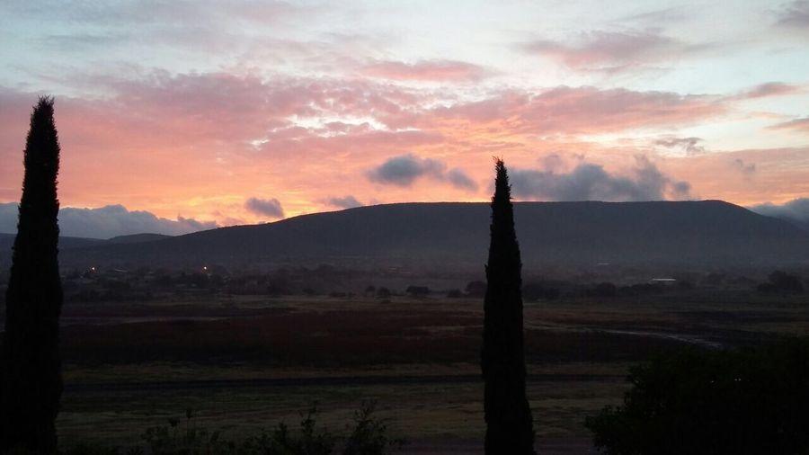 Un bello amanecer desde la tranquilidad de mi casa First Eyeem Photo
