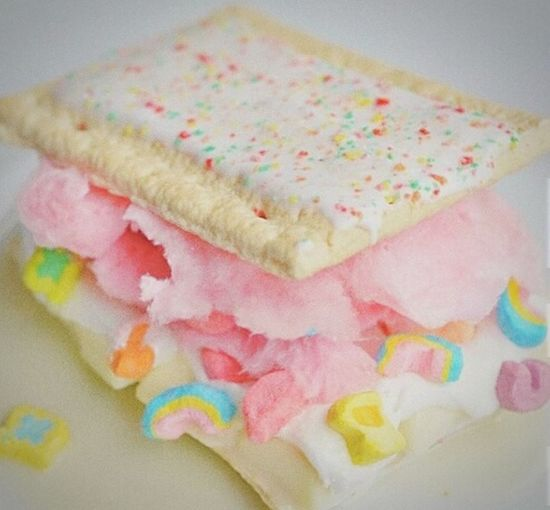 Can not wait to make one of these, hey... check out my tumblr blog, officialsweezus.tumblr.com Pinterest Inspired PopTarts:) Lucky Charms❤ 💎Yosef💎 Sweezus