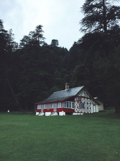 House of my dreams Tourism Dalhousie Khajjiar Himachalpradesh Tree Plant Architecture Built Structure Grass Land Building Exterior Field Building Green Color Nature Growth Sky House No People Environment Outdoors Landscape Day Tranquility The Architect - 2018 EyeEm Awards