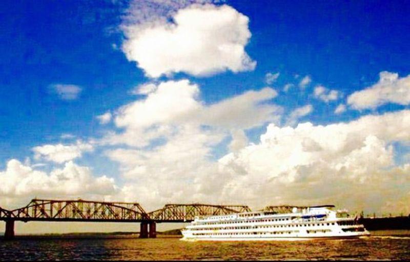 небо небеса краса красиво красота красотище облака👍 мост рельсы Рельсы, рельсы- шпалы, шпалы... мост через Волгу яхта плывем