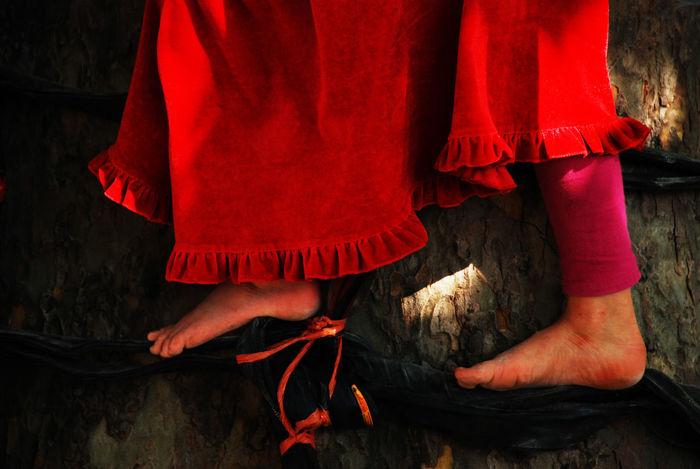 Childhood Colorportraits EyeEmPaid Love November2016 Portrait Red Tree