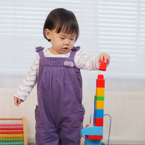 Learning Asian Baby Girl Block Childhood Day Indoors  Lifestyles One Person People Play Playing Real People Standing Toy