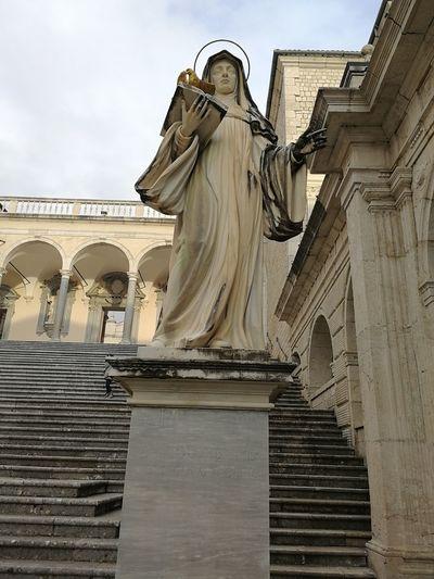 scorcio abbazia Montecassino Statue Sculpture Human Representation Architecture History Travel Destinations Built Structure