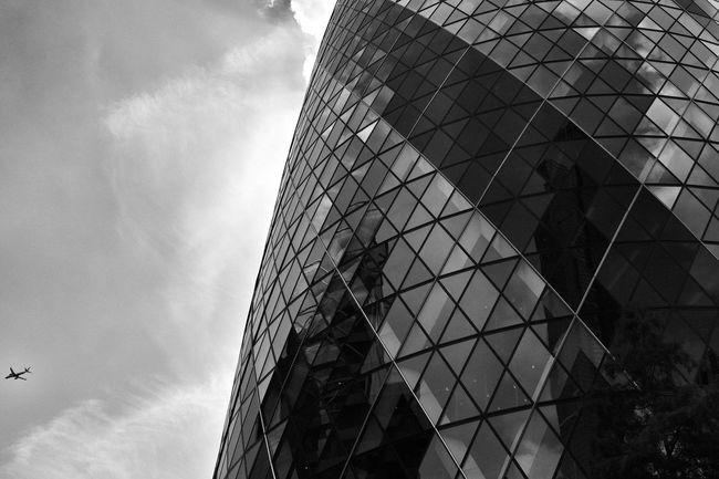 Fujifilm Fujifilm X-pro2 London Architecture London Blackandwhitephotography Photography Gherkin Building