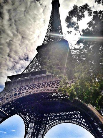 Toureiffel Tour Eiffel Tourism Tourist Attraction  Tree Sky EyeEmBestPics Eye4photography  EyeEm Best Shots France Paris EyeEm Streetphotography Cloud - Sky Built Structure Architecture History City Street Personal Perspective