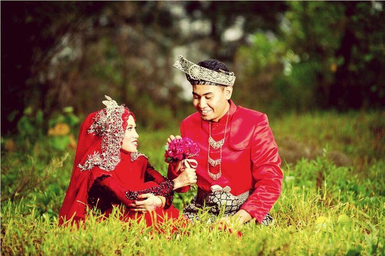 The Moment - 2015 EyeEm Awards Husbandandwife My Wedding Day My Wedding Dress Memories