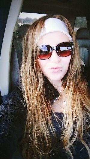 Hair a damn mess but lil momma still on fleek tho! Legooooo LilMomma Stayfresh💥😚 Goodday Roadtrip