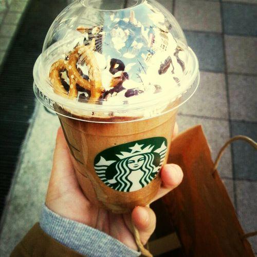 Starbucks Drinking A Latte Enjoying Life Taking Photos