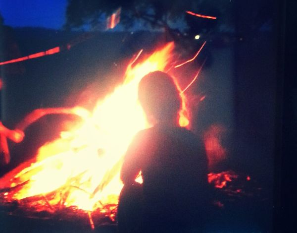 Sitting on fire with my friends and eating murshmallows *-* ♥good evening ♡ That's Me Relaxing Hanging Out Walking Around