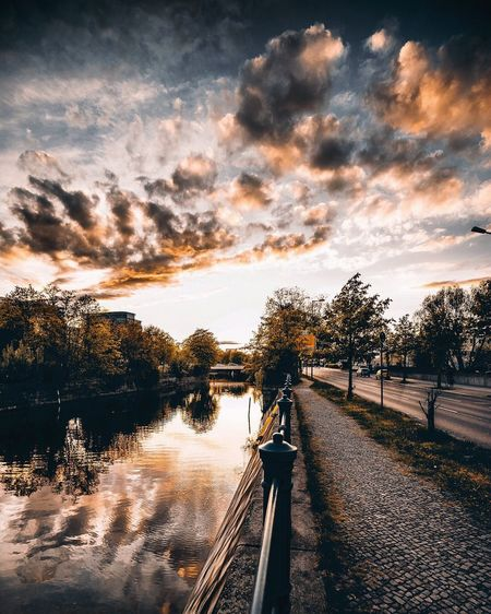 Berlin Sunset Feeling .... EyeEm Best Shots Berlin_reflections Water Reflections Reflection Nature Photography Urbanphotography Exploring
