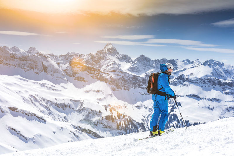 Freeskier enjoying the panoramic view Airbag Allgäu Austria Bavaria Man Nebelhorn RISK Alps Avalanche  Beauty In Nature Freeride Freeski Freeskiing Guide Ischgl Leisure Activity Lifestyles One Person Ski Ski Holiday Ski Mountaineering Snow Sölden Tranquility Winter
