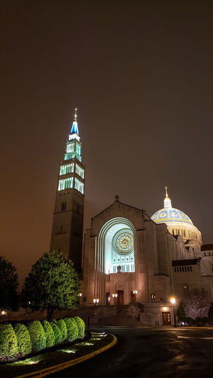 Basilica by night. Night Nightphotography Religion Church Church Architecture City Illuminated Architecture Spire  Historic Tall - High Cathedral Place Of Worship Temple Temple - Building Cross Crucifix Bell Tower - Tower Bell Tower Chapel Spirituality Christianity Steeple Catholicism Dome Tower Spire  Religious  Jesus Christ Orthodox Church The Architect - 2019 EyeEm Awards