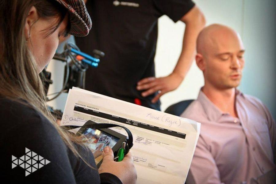 Life on set filmset behind the scenes buissnes woman Director filmmaker mompreneur Knitterfisch That's Me