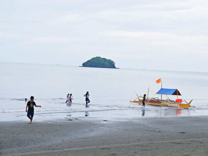 EyeEm Best Shots Nature Beach Boats Fujifilm Island Itsmorefuninthephilippines Philippine Real People Roxas City Sea Sky The Great Outdoors - 2018 EyeEm Awards The Photojournalist - 2018 EyeEm Awards