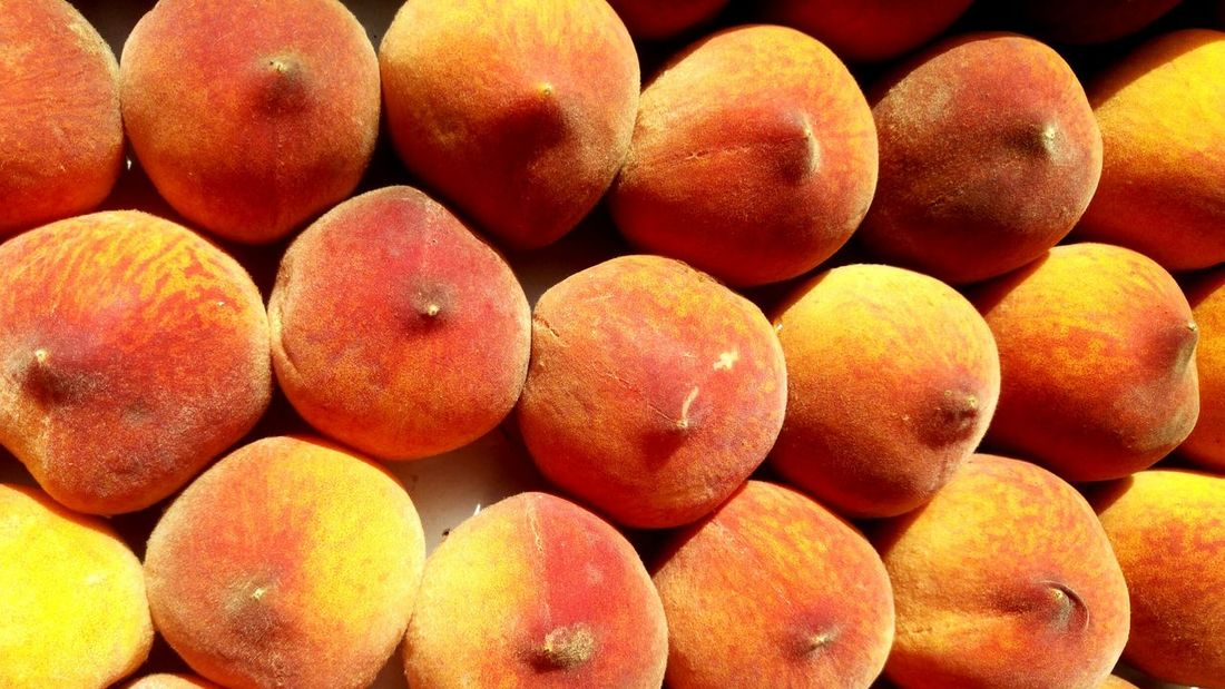 Large Group Of Objects Food Healthy Eating Food And Drink Fruit Backgrounds . good product. Architecture Peaches Peaches🍑 Textured  Ready-to-eat Full Frame