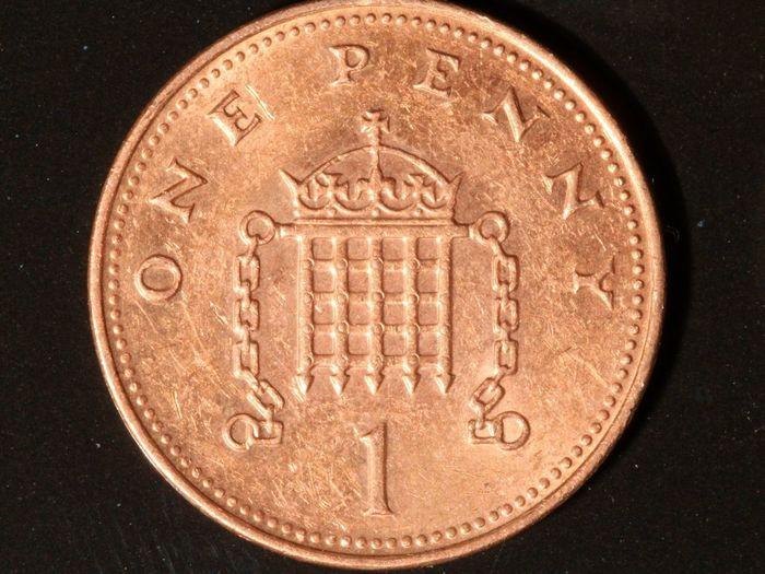 1p macro Penny