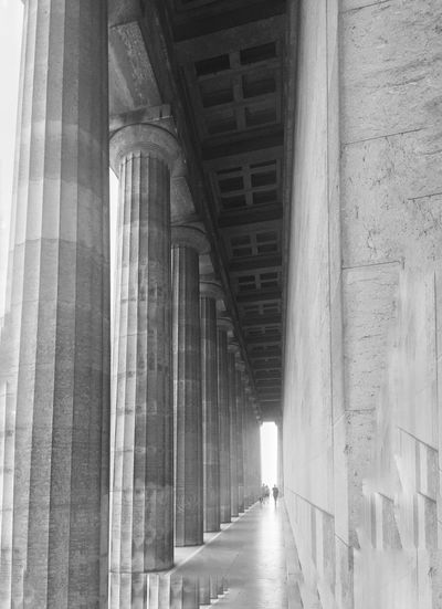 Bnw_life Bnw_captures Bnw_collection Bnw_corridor Bnw_friday_eyeemchallenge Architecture Built Structure Architectural Column Indoors  Day Building Direction Low Angle View Colonnade