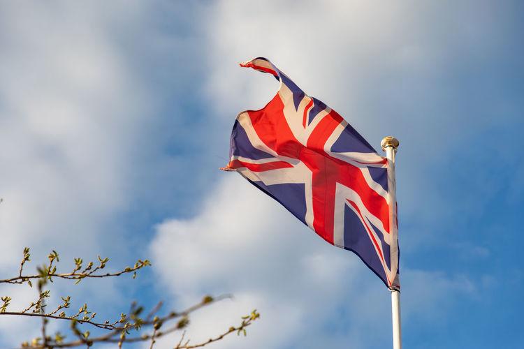 French flag waving on the wind Wind Flag Uk Empire United Kingdom Banner History british culture British Flag National Flag English Culture Patriotism Symbol National Union Sky Waving English United KINGDOM Flagpole Day Flying England Motion Pole Country Britain British Cloudy