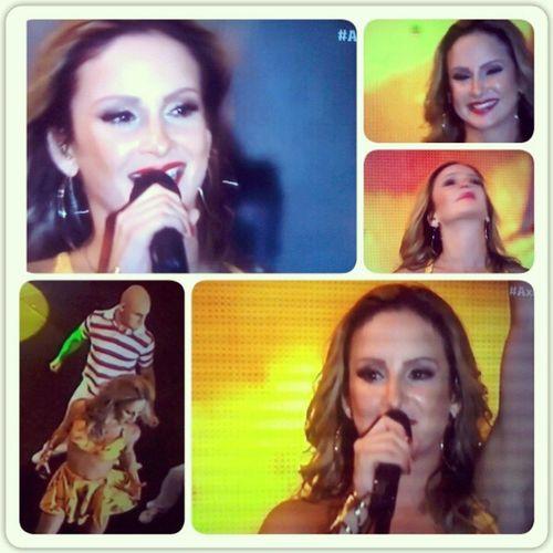 Pqp! Eu sou fã da melhor canttora do Brasil! BelemMereceColetivaCL @claudinhaleitte s2