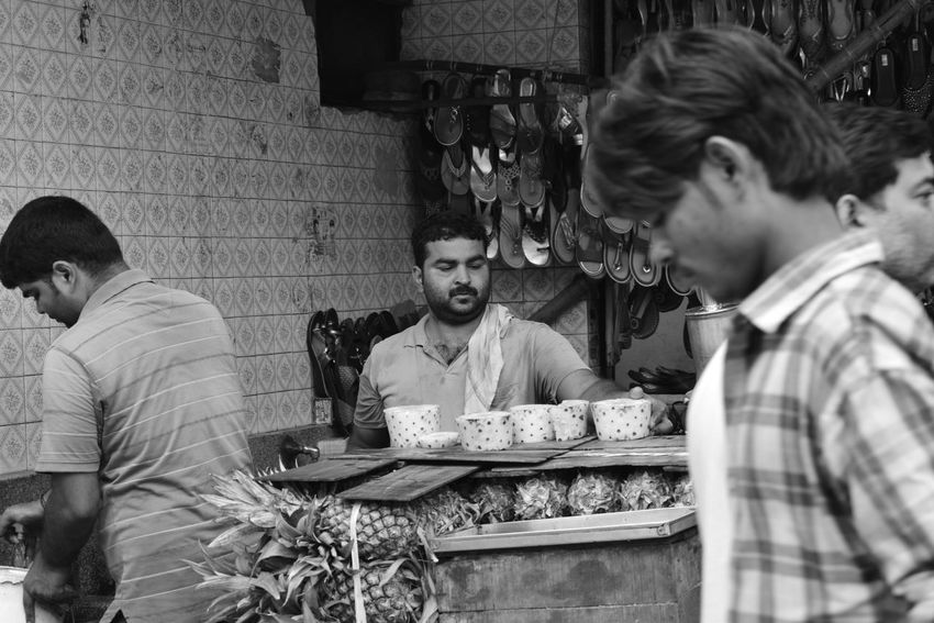 Only Men People Fruits Chandni Chowk Outdoors Retail  One Person Food Street Small Business Poorpeople Photography Poverty Poverty Lives. Lives Photographer Lifestyles Poverty_moments Chandnichowk Streetphotography Povertyofindia Photographeratwork Hard Seller Fruits Market