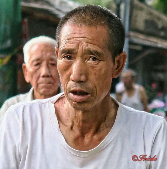 La Fatigue Tiredness Tired Portrait Looking At Camera Lifestyles Person Close-up Mature Adult Beijing, China Lao Beijing Street Life Streetphoto Streetphoto_color Pékin Fin D'été Streetphotography Hutong Shotoftheday City Life Beijing China China Photos Chinese Street Photography Hutong Street Looking At Camera