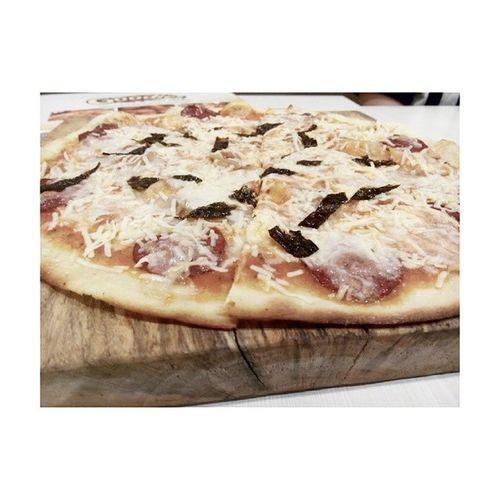 I create my own Pizza at @goodiespizza Goodiespizza